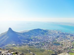 Südliche Afrika City Bowl vom Table Mountain
